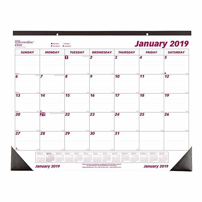 13 Sheets Staples Desk Calendar Pad 330 X 280mm With Protect Corner / Hard Board
